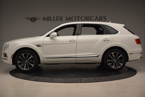 Used 2018 Bentley Bentayga Onyx for sale Call for price at Alfa Romeo of Greenwich in Greenwich CT 06830 3