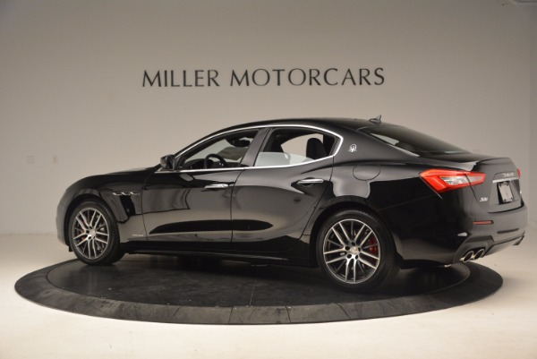 Used 2018 Maserati Ghibli S Q4 Gransport for sale Sold at Alfa Romeo of Greenwich in Greenwich CT 06830 4