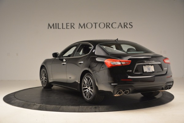 Used 2018 Maserati Ghibli S Q4 Gransport for sale Sold at Alfa Romeo of Greenwich in Greenwich CT 06830 5