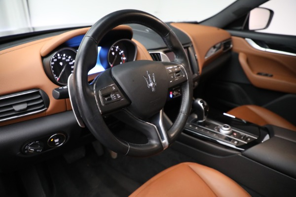 Used 2018 Maserati Levante Q4 for sale $57,900 at Alfa Romeo of Greenwich in Greenwich CT 06830 13
