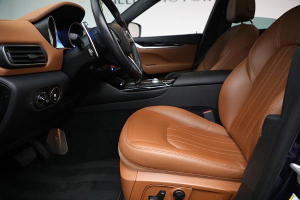 Used 2018 Maserati Levante Q4 for sale $57,900 at Alfa Romeo of Greenwich in Greenwich CT 06830 14