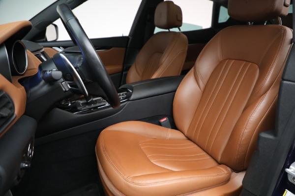 Used 2018 Maserati Levante Q4 for sale $57,900 at Alfa Romeo of Greenwich in Greenwich CT 06830 15