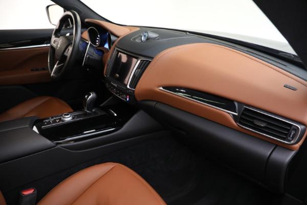 Used 2018 Maserati Levante Q4 for sale $57,900 at Alfa Romeo of Greenwich in Greenwich CT 06830 21