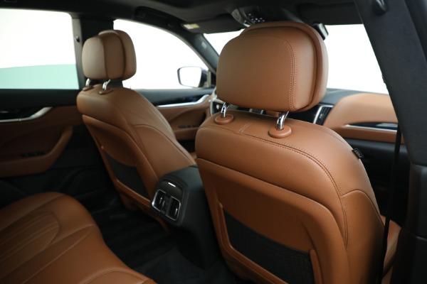 Used 2018 Maserati Levante Q4 for sale $57,900 at Alfa Romeo of Greenwich in Greenwich CT 06830 26