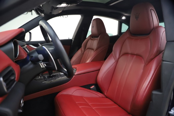 Used 2018 Maserati Levante S GranSport for sale $63,900 at Alfa Romeo of Greenwich in Greenwich CT 06830 14