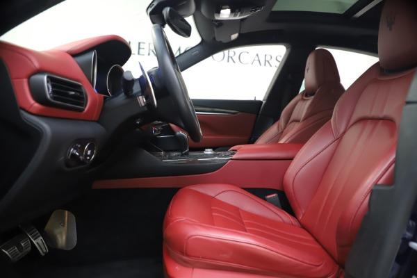 Used 2018 Maserati Levante S GranSport for sale $63,900 at Alfa Romeo of Greenwich in Greenwich CT 06830 15
