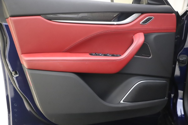 New 2018 Maserati Levante S GranSport for sale Sold at Alfa Romeo of Greenwich in Greenwich CT 06830 18