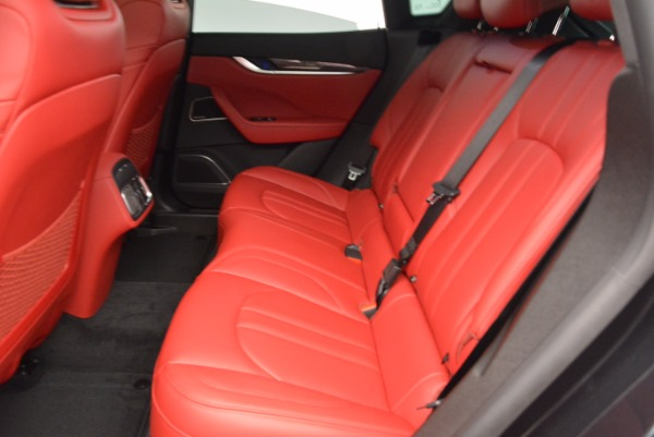 New 2018 Maserati Levante Q4 GranSport for sale Sold at Alfa Romeo of Greenwich in Greenwich CT 06830 20