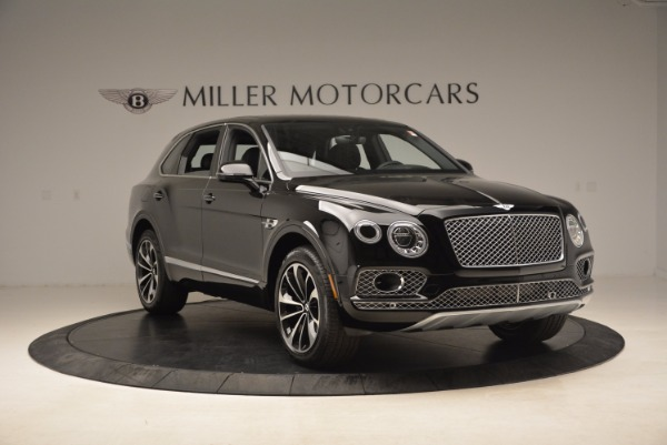 Used 2018 Bentley Bentayga Onyx Edition for sale $139,900 at Alfa Romeo of Greenwich in Greenwich CT 06830 13