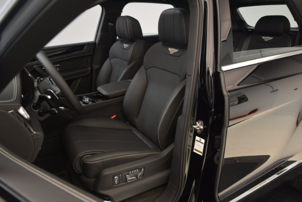 Used 2018 Bentley Bentayga Onyx Edition for sale $139,900 at Alfa Romeo of Greenwich in Greenwich CT 06830 20