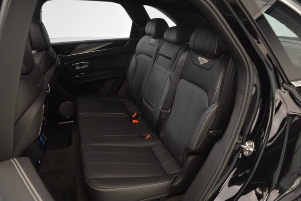 Used 2018 Bentley Bentayga Onyx Edition for sale $139,900 at Alfa Romeo of Greenwich in Greenwich CT 06830 24