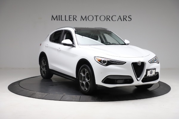 Used 2018 Alfa Romeo Stelvio Q4 for sale Sold at Alfa Romeo of Greenwich in Greenwich CT 06830 12