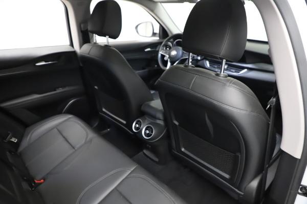 Used 2018 Alfa Romeo Stelvio Q4 for sale Sold at Alfa Romeo of Greenwich in Greenwich CT 06830 26