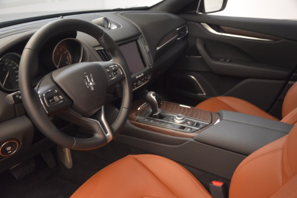 New 2018 Maserati Levante Q4 GranLusso for sale Sold at Alfa Romeo of Greenwich in Greenwich CT 06830 13