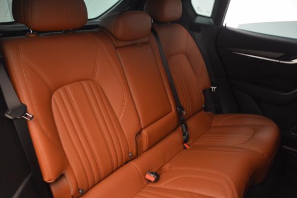 New 2018 Maserati Levante Q4 GranLusso for sale Sold at Alfa Romeo of Greenwich in Greenwich CT 06830 26