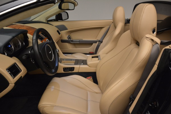 Used 2014 Aston Martin V8 Vantage Roadster for sale Sold at Alfa Romeo of Greenwich in Greenwich CT 06830 20