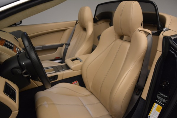 Used 2014 Aston Martin V8 Vantage Roadster for sale Sold at Alfa Romeo of Greenwich in Greenwich CT 06830 23