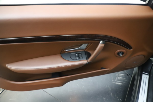 Used 2016 Maserati GranTurismo Sport for sale $64,900 at Alfa Romeo of Greenwich in Greenwich CT 06830 17