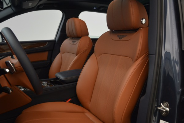 Used 2018 Bentley Bentayga Onyx for sale Sold at Alfa Romeo of Greenwich in Greenwich CT 06830 20