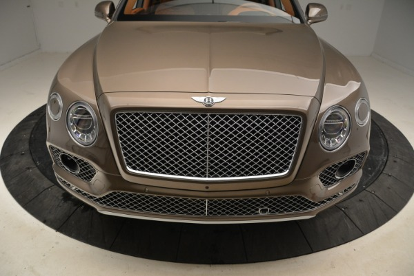 Used 2018 Bentley Bentayga W12 Signature for sale $156,900 at Alfa Romeo of Greenwich in Greenwich CT 06830 13