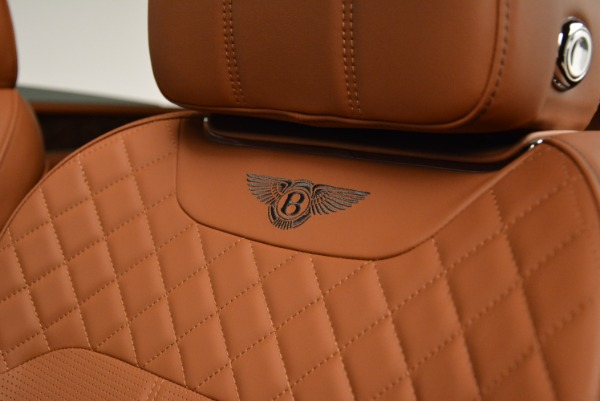 Used 2018 Bentley Bentayga W12 Signature for sale $156,900 at Alfa Romeo of Greenwich in Greenwich CT 06830 22