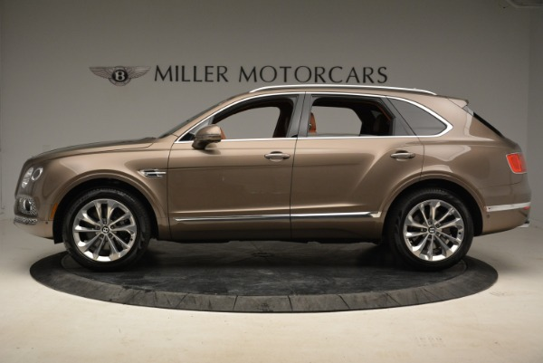 Used 2018 Bentley Bentayga W12 Signature for sale $156,900 at Alfa Romeo of Greenwich in Greenwich CT 06830 3