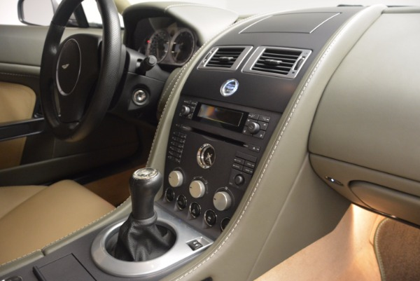 Used 2006 Aston Martin V8 Vantage for sale Sold at Alfa Romeo of Greenwich in Greenwich CT 06830 16