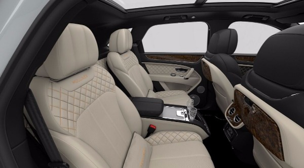 New 2018 Bentley Bentayga Mulliner for sale Sold at Alfa Romeo of Greenwich in Greenwich CT 06830 8