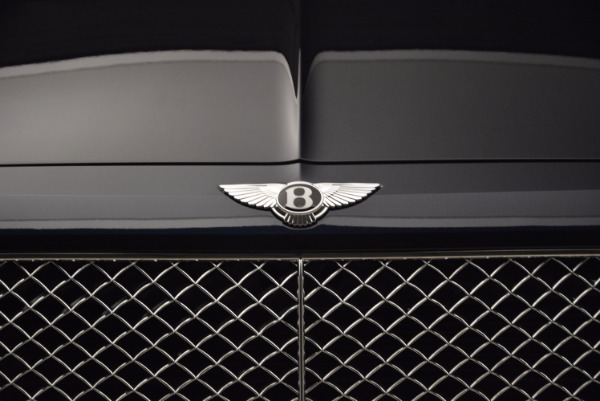 Used 2018 Bentley Bentayga W12 Signature for sale Call for price at Alfa Romeo of Greenwich in Greenwich CT 06830 14