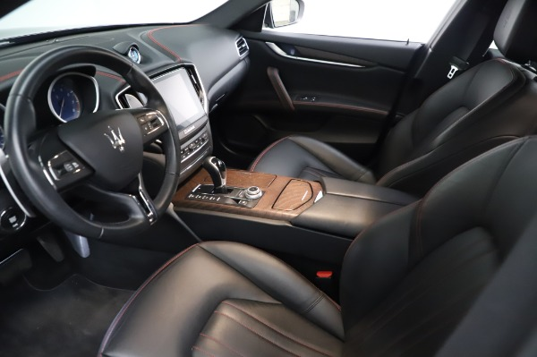 Used 2018 Maserati Ghibli S Q4 for sale Sold at Alfa Romeo of Greenwich in Greenwich CT 06830 14