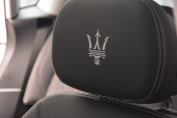 New 2018 Maserati Levante Q4 GranLusso for sale Sold at Alfa Romeo of Greenwich in Greenwich CT 06830 27