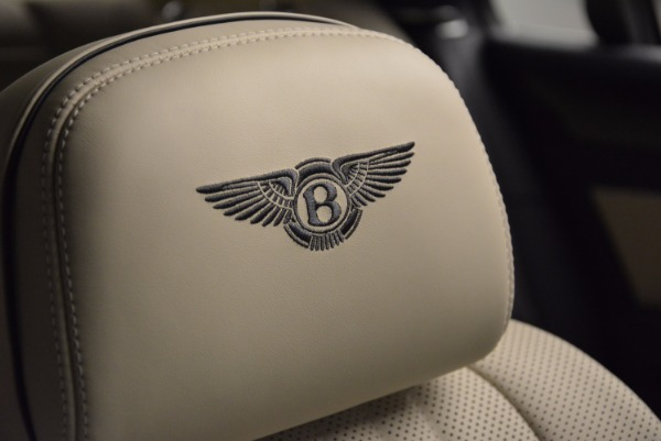 Used 2017 Bentley Flying Spur V8 for sale Call for price at Alfa Romeo of Greenwich in Greenwich CT 06830 20