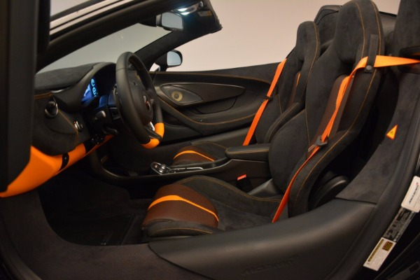 Used 2018 McLaren 570S Spider for sale Sold at Alfa Romeo of Greenwich in Greenwich CT 06830 26