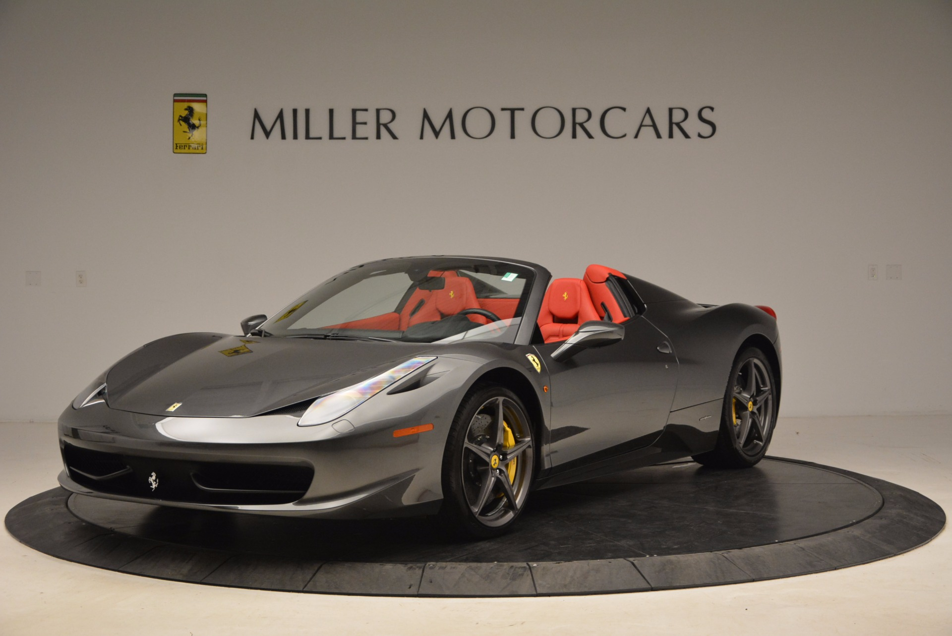 Used 2014 Ferrari 458 Spider for sale Sold at Alfa Romeo of Greenwich in Greenwich CT 06830 1