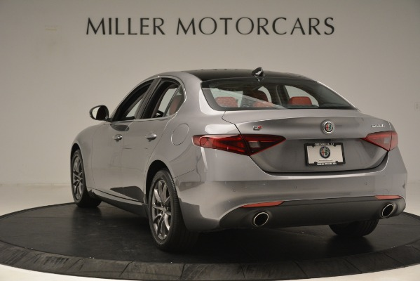 Used 2018 Alfa Romeo Giulia Q4 for sale Sold at Alfa Romeo of Greenwich in Greenwich CT 06830 5