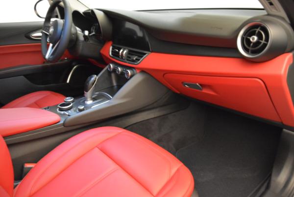 New 2018 Alfa Romeo Giulia Q4 for sale Sold at Alfa Romeo of Greenwich in Greenwich CT 06830 19