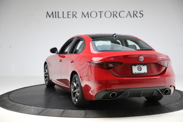 Used 2018 Alfa Romeo Giulia Ti Sport Q4 for sale $34,900 at Alfa Romeo of Greenwich in Greenwich CT 06830 5