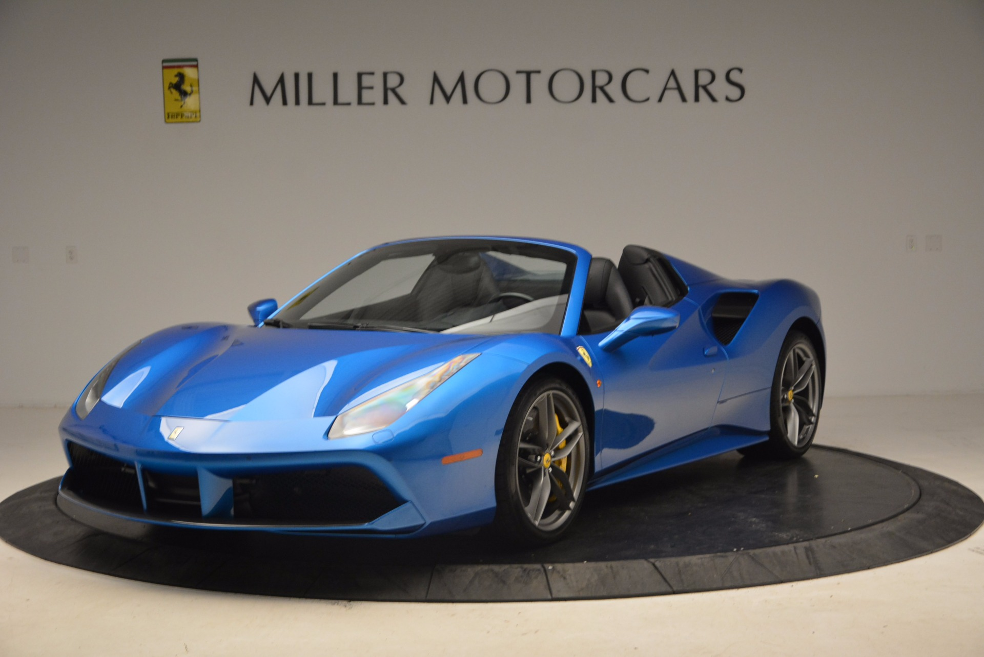 Used 2017 Ferrari 488 Spider for sale Sold at Alfa Romeo of Greenwich in Greenwich CT 06830 1