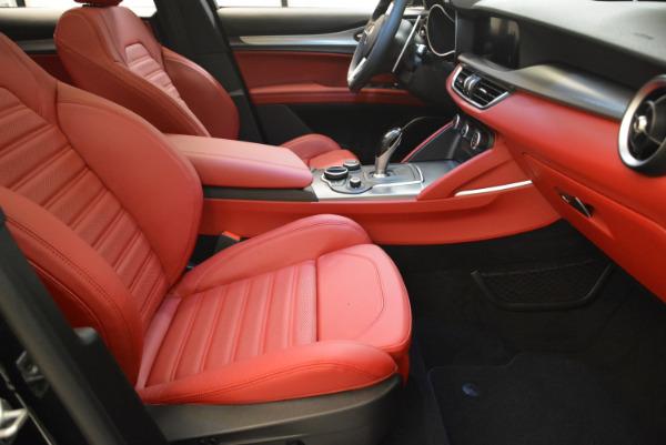 New 2018 Alfa Romeo Stelvio Ti Sport Q4 for sale Sold at Alfa Romeo of Greenwich in Greenwich CT 06830 23