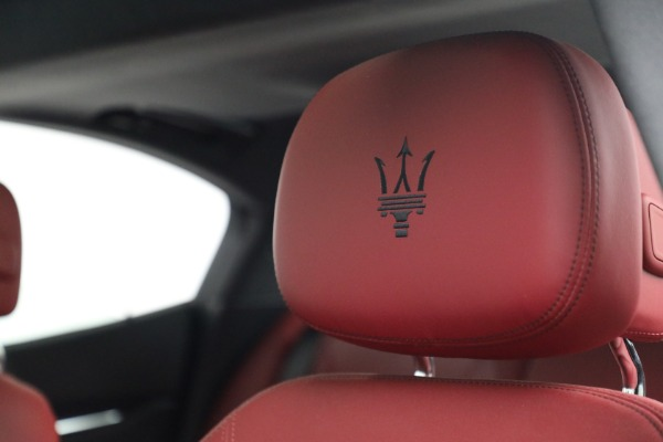 New 2018 Maserati Ghibli S Q4 GranLusso for sale Sold at Alfa Romeo of Greenwich in Greenwich CT 06830 16