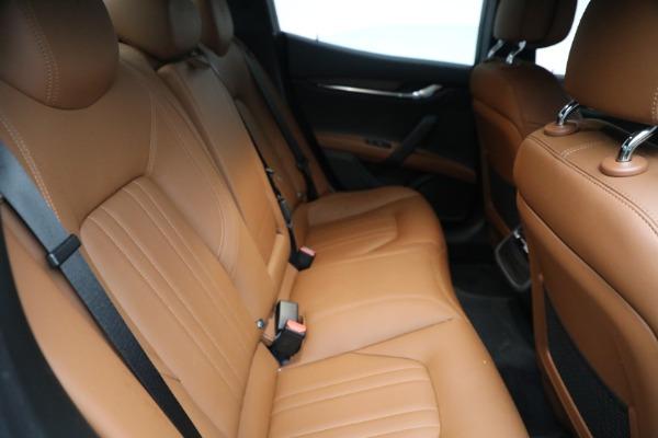 New 2018 Maserati Ghibli S Q4 for sale Sold at Alfa Romeo of Greenwich in Greenwich CT 06830 14