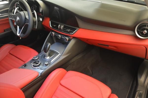 New 2018 Alfa Romeo Giulia Ti Sport Q4 for sale Sold at Alfa Romeo of Greenwich in Greenwich CT 06830 19