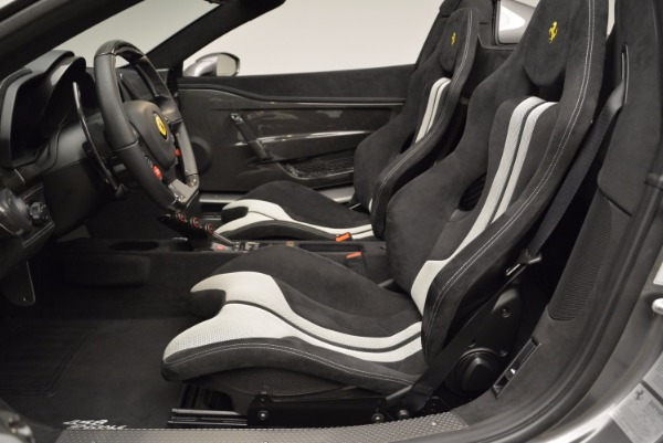 Used 2015 Ferrari 458 Speciale Aperta for sale Sold at Alfa Romeo of Greenwich in Greenwich CT 06830 28