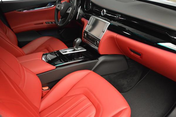 New 2016 Maserati Quattroporte S Q4  *******      DEALER'S  DEMO for sale Sold at Alfa Romeo of Greenwich in Greenwich CT 06830 22