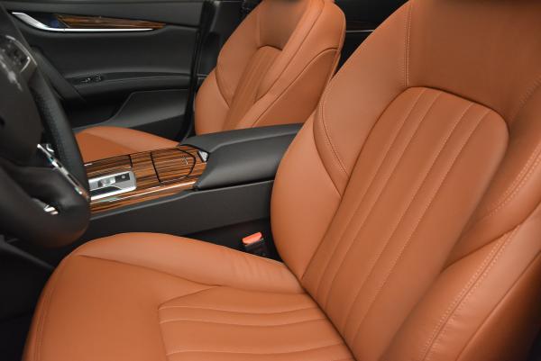 Used 2016 Maserati Ghibli S Q4 for sale Sold at Alfa Romeo of Greenwich in Greenwich CT 06830 16