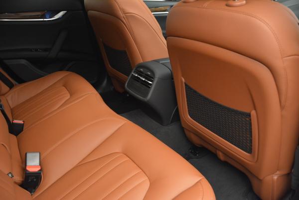 Used 2016 Maserati Ghibli S Q4 for sale Sold at Alfa Romeo of Greenwich in Greenwich CT 06830 23