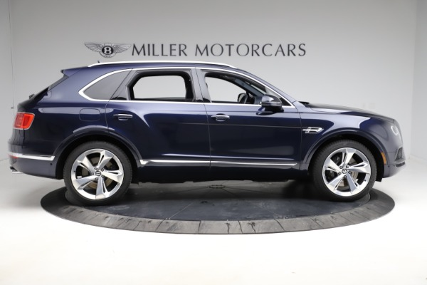 Used 2018 Bentley Bentayga W12 Signature for sale $154,900 at Alfa Romeo of Greenwich in Greenwich CT 06830 10