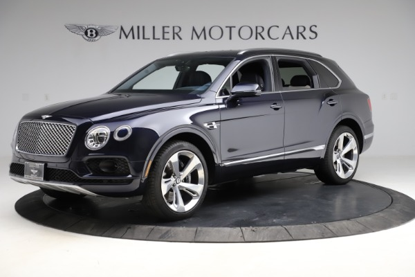 Used 2018 Bentley Bentayga W12 Signature for sale $154,900 at Alfa Romeo of Greenwich in Greenwich CT 06830 3