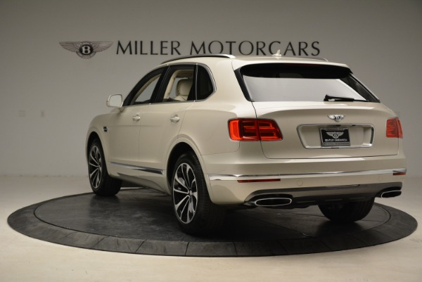 New 2018 Bentley Bentayga Signature for sale Sold at Alfa Romeo of Greenwich in Greenwich CT 06830 5
