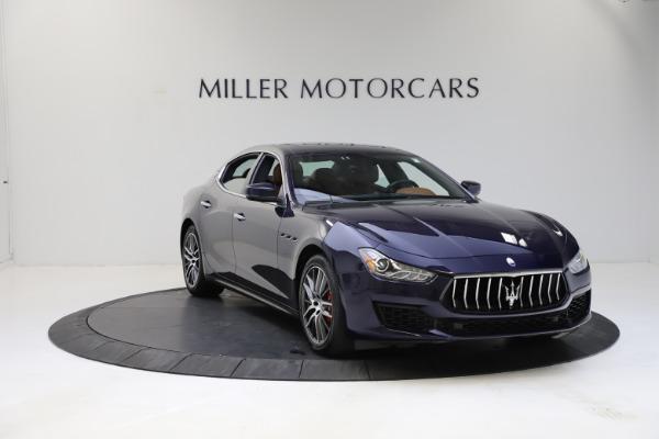 Used 2018 Maserati Ghibli S Q4 for sale Sold at Alfa Romeo of Greenwich in Greenwich CT 06830 12